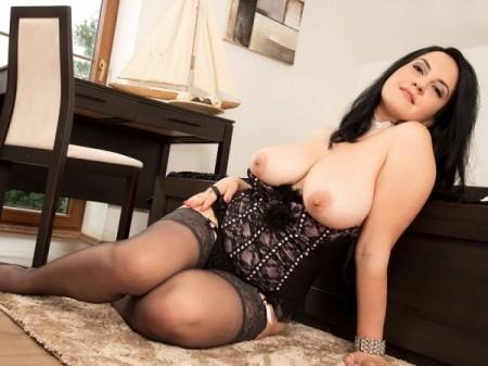 Nackt Terri Messina  Alessandra Martines